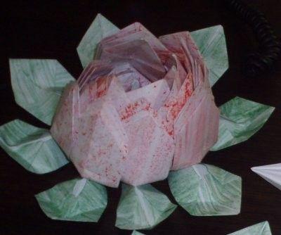 Voici la fleur de lotus en origami - Origami fleur de lotus ...